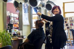 Friseur Hair-Force im Haus